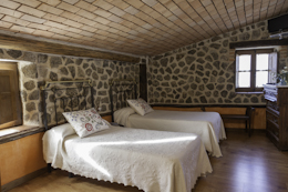 hotel-casa-rural-La-covatilla-béjar-candelario-el-balcón-del-pueblo-35