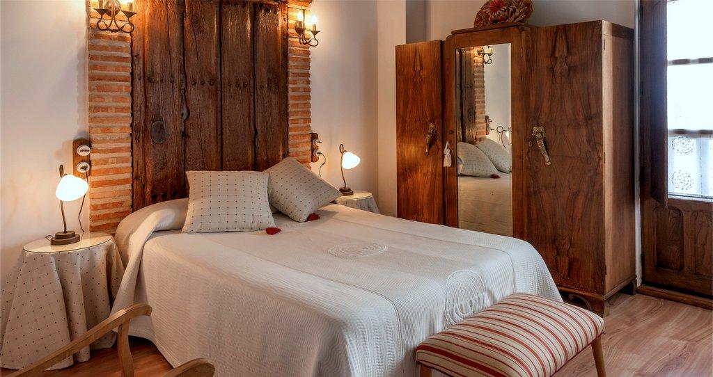 Las habitaciones hotel casa rural balc n del pueblo for Casa rural 4 habitaciones